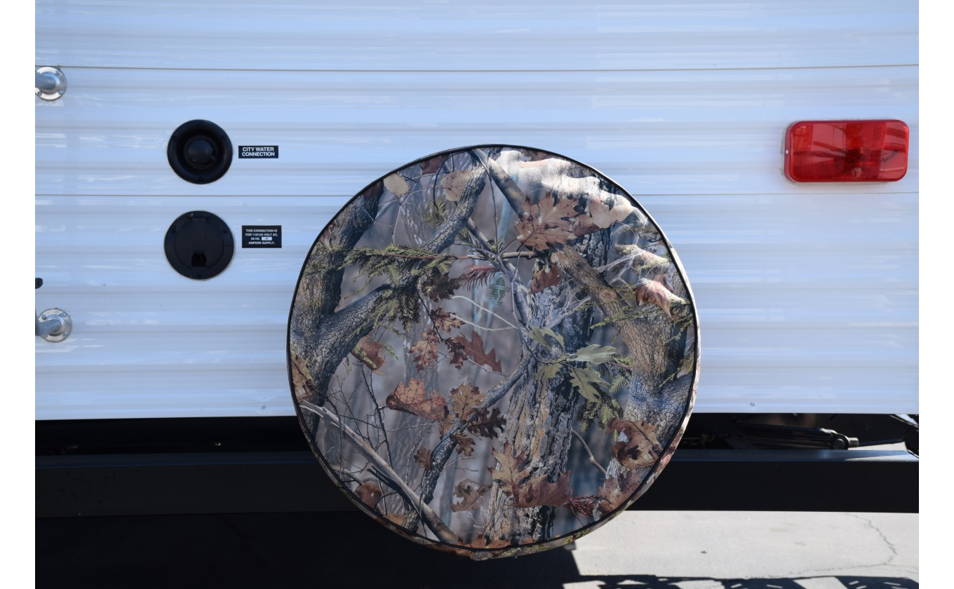 "Game Creek ""Oaks"" Camouflage Tire Cover"